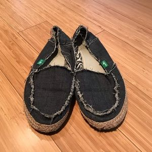 Sanuk Donna Shoes Sz 7